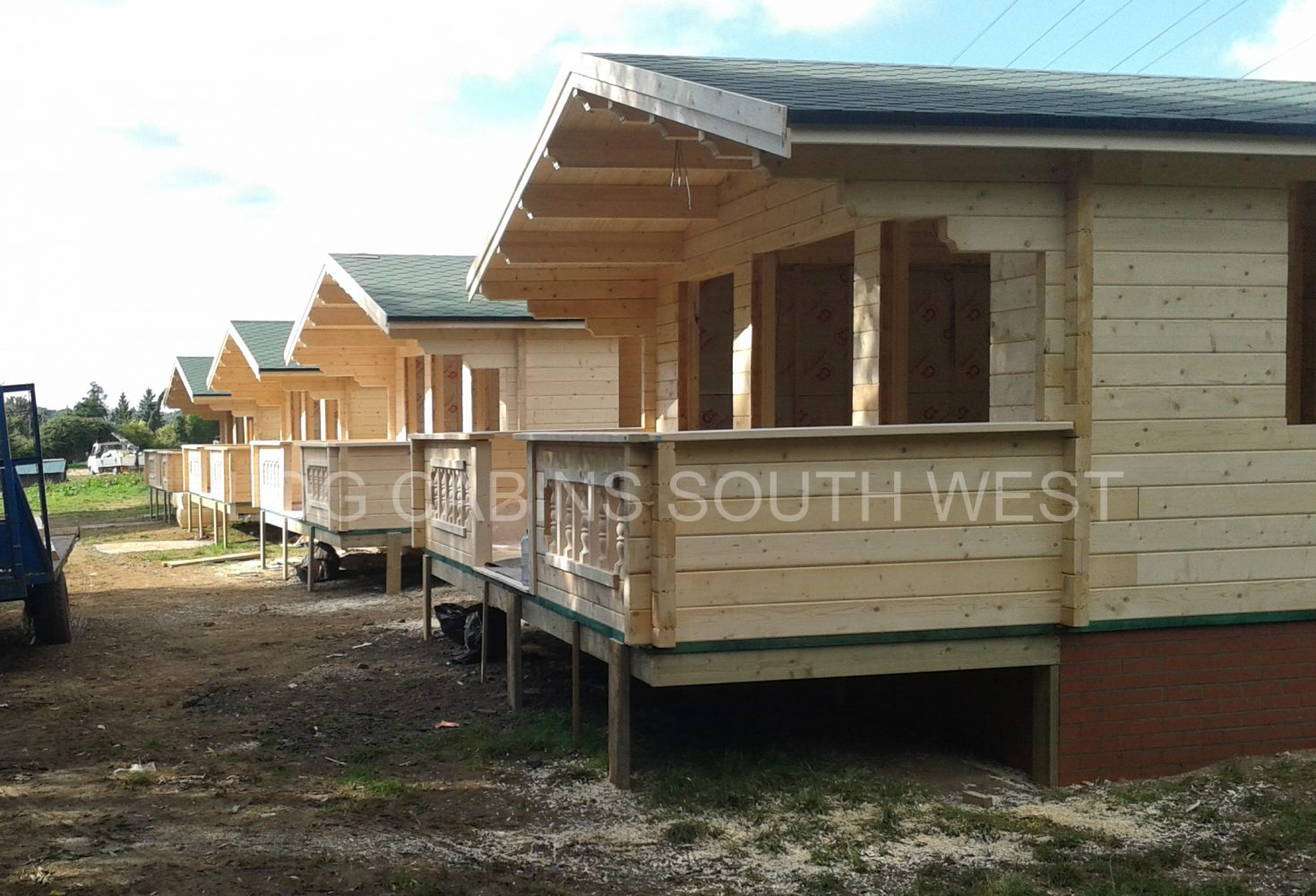 Two bedroom holiday log cabins south west log cabins for Two room log cabin