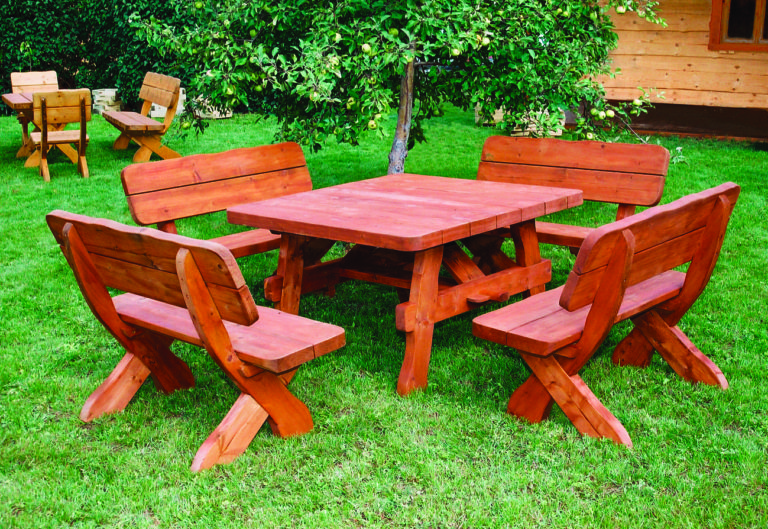 8 seat square table